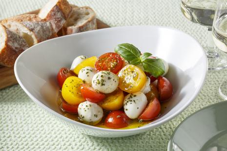 トマトとモッツァレラチーズのサラダ(カプレーゼ)